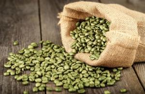 grønne kaffebønner i en sæk