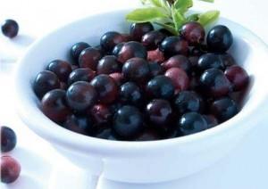 acai bær i skål