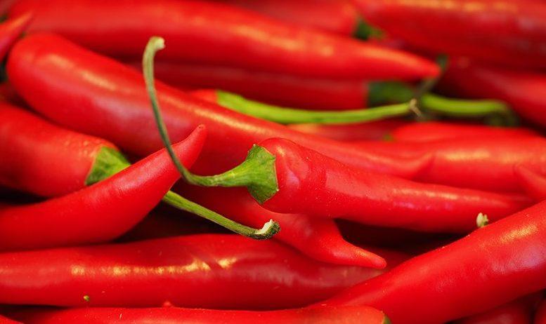 stærke røde chilipeber